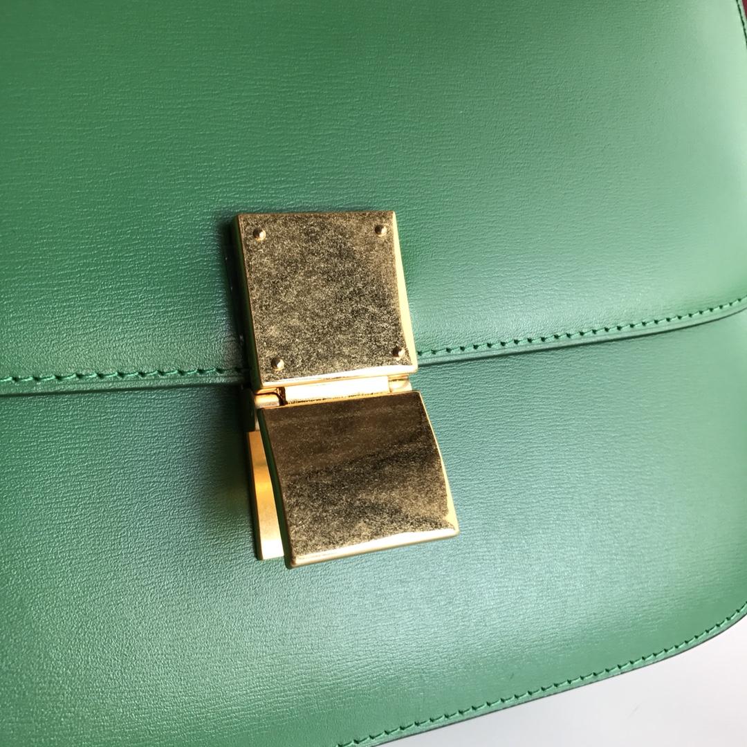 CELINE 全新升级classic box 草绿手搓纹金银扣 搭配羊皮内里 完美复古包 24cm