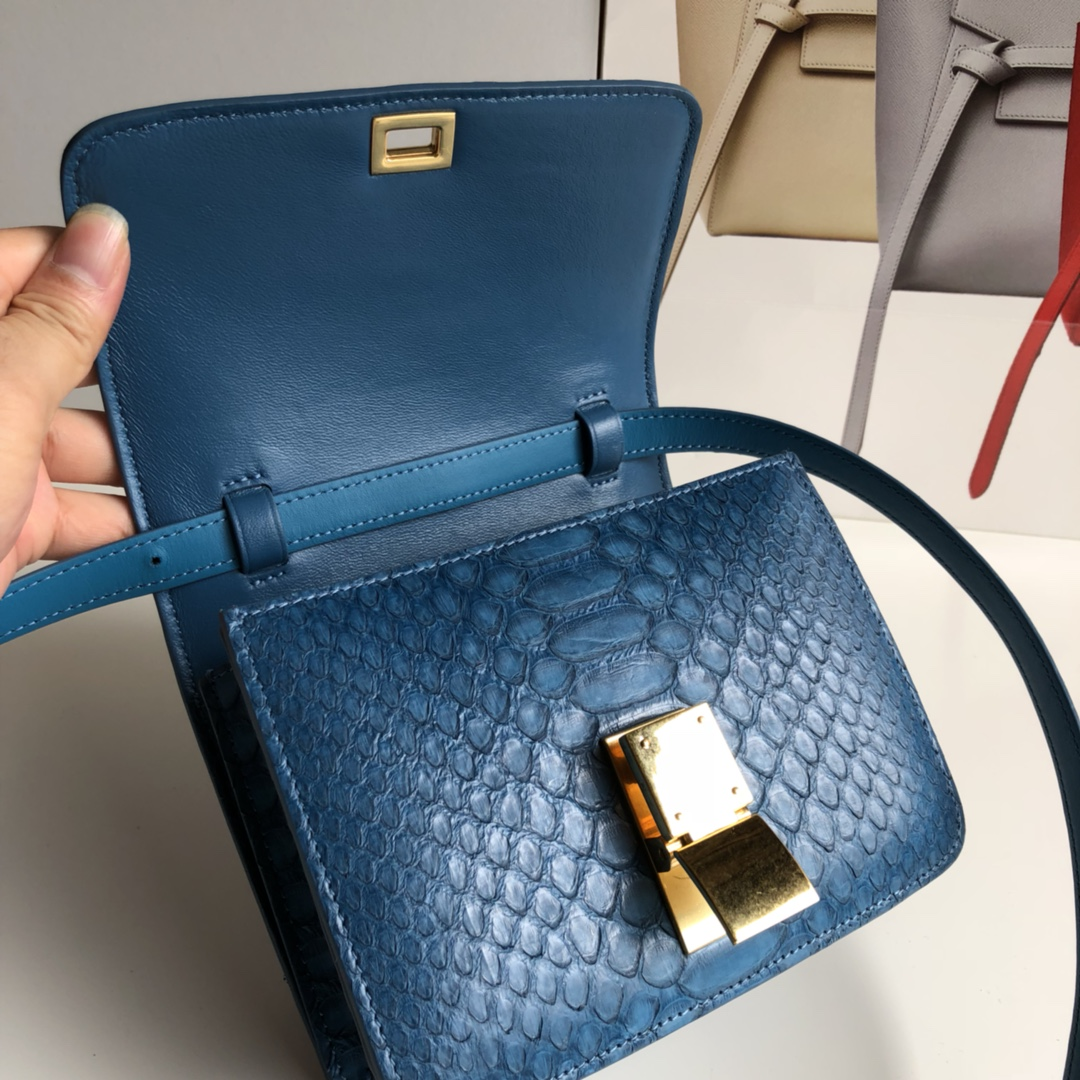 CELINE官网 classic box17cm 真蛇皮 金扣 中蓝色