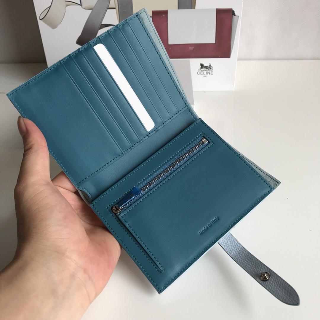 CELINE 搭扣钱夹 14厘米 浅蓝掌纹/希腊兰 专柜同步钱包
