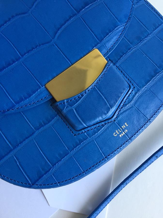 Celine Trotteur复古马鞍包 鳄鱼纹 19cm 一件代发 电光蓝