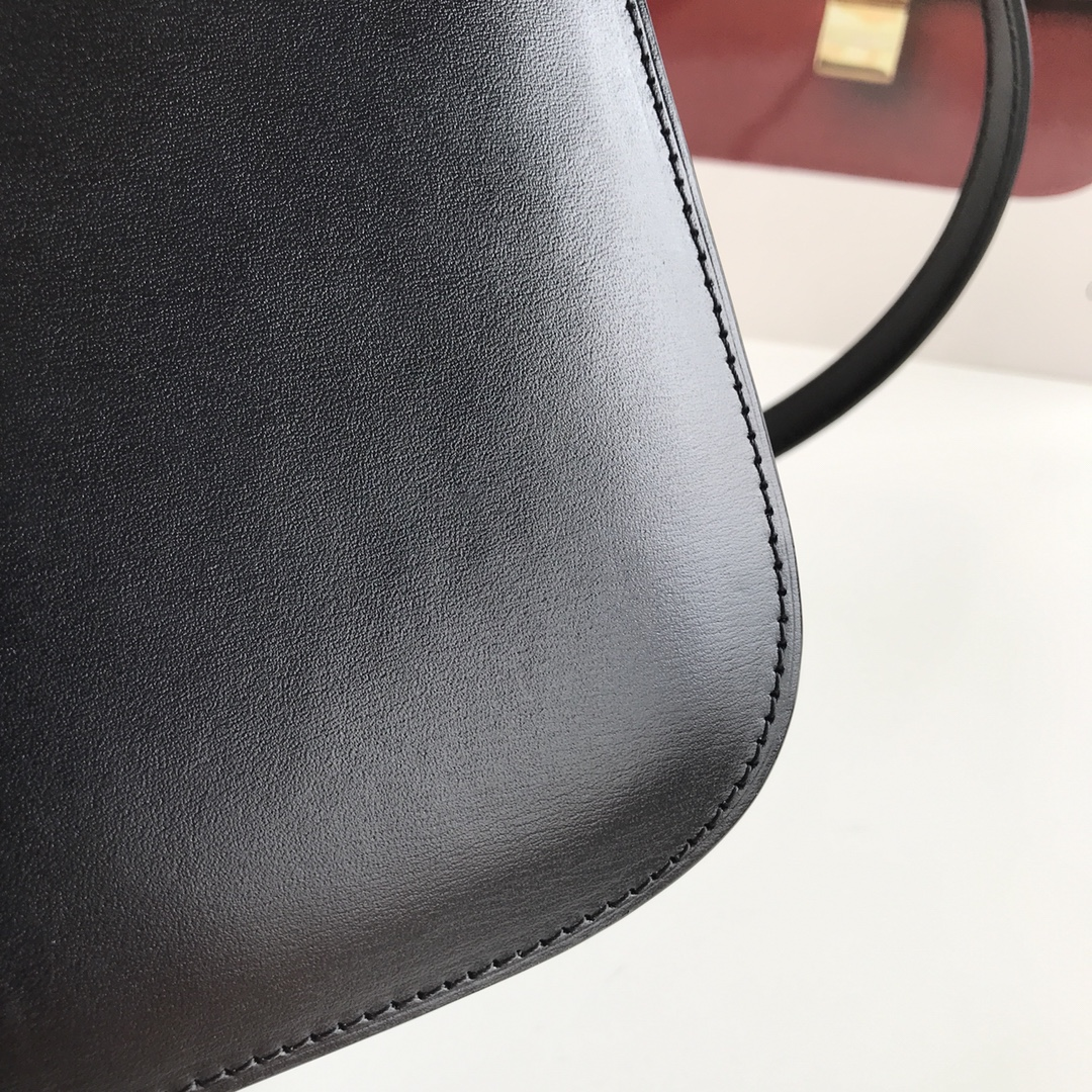 CELINE 全新升级classic box 黑色手搓纹金银扣 搭配羊皮内里 完美复古包 24cm