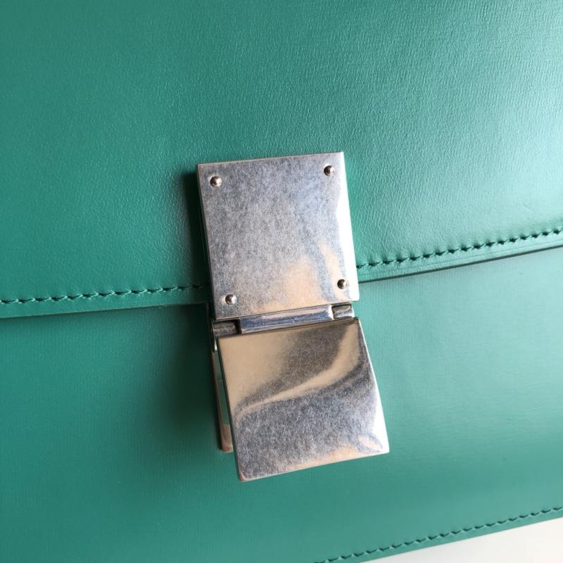 CELINE Classic box 全新品质升级 box 进口皮手搓纹 钢扣 24cm 清波绿