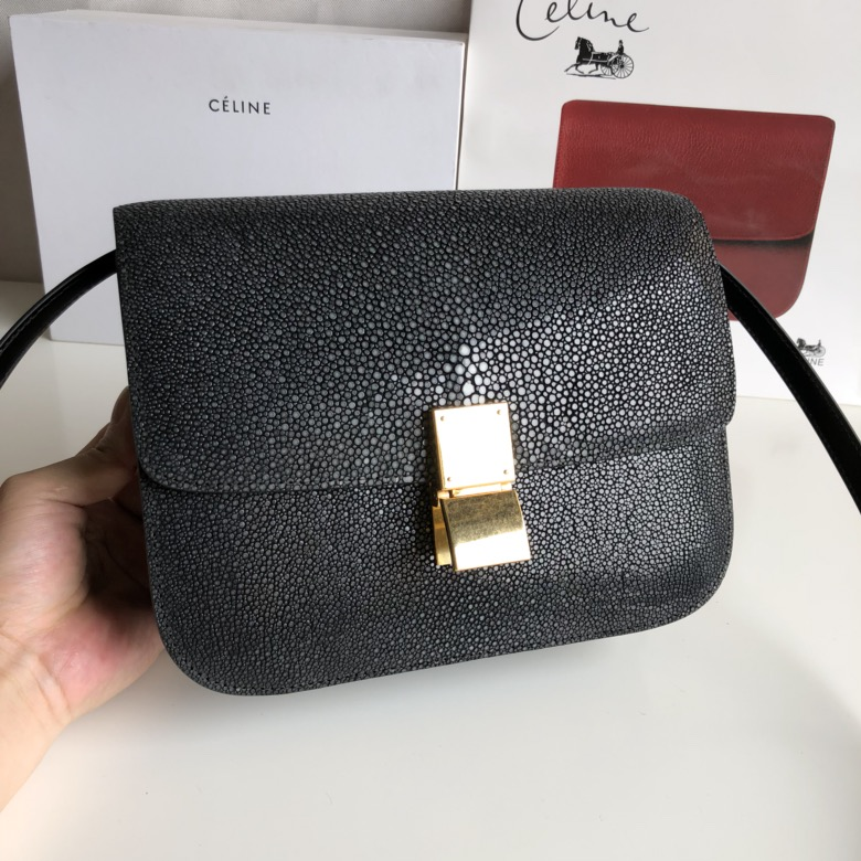 全新升级classic box 珍珠鱼皮金扣 搭配羊皮内里 完美复古包 精致媲美专柜 17cm 黑色