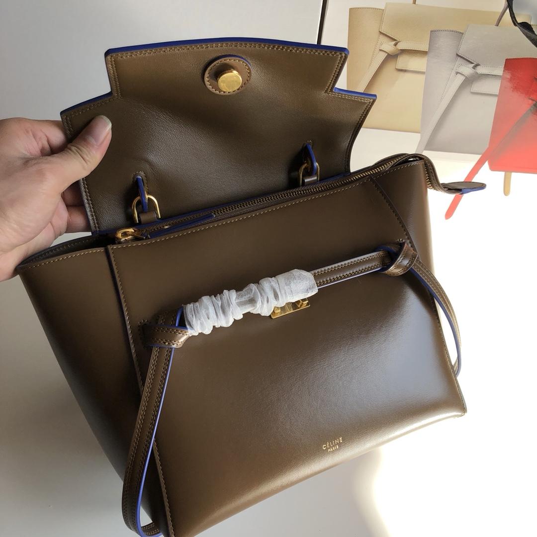 CELINE包包官网 鲶鱼包 焦糖色 手搓纹 磨砂牛皮里衬 BELT手袋 28cm 24cm