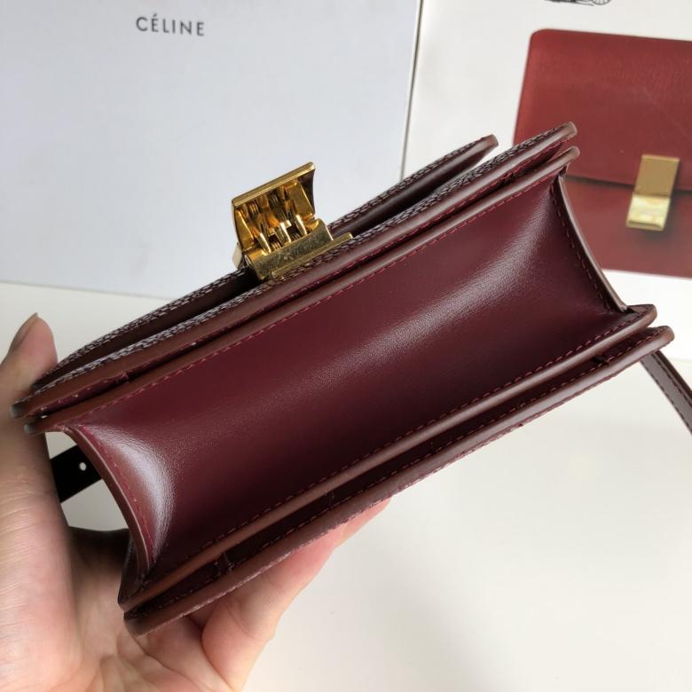 全新升级classic box 珍珠鱼皮金扣 搭配羊皮内里 完美复古包 精致媲美专柜 17cm酒红