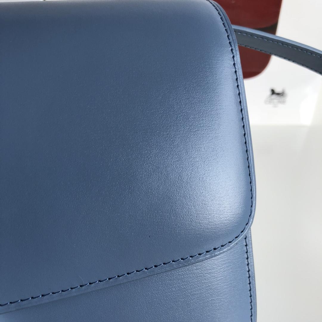CELINE 全新升级classic box 水手蓝手搓纹银扣 搭配羊皮内里 完美复古包 24cm
