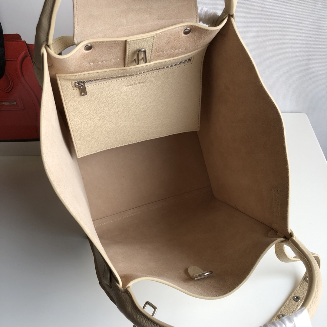 Big bag 荔枝纹 小牛皮 24*22*26cm 奶油黄 原厂进口五金