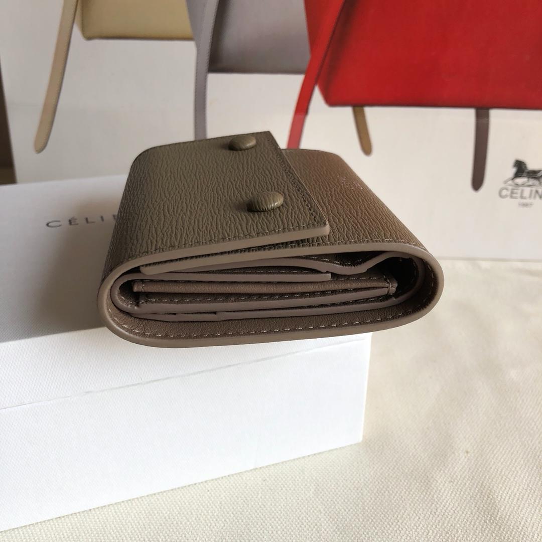 CELINE12厘米 卡其色 水波纹三折钱包原厂定制五金