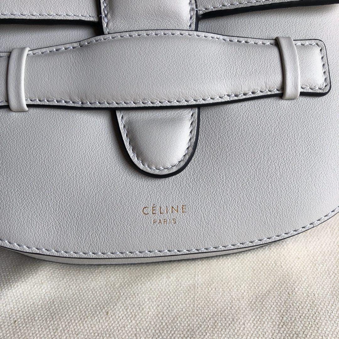 Celine家 白色 黑色油边