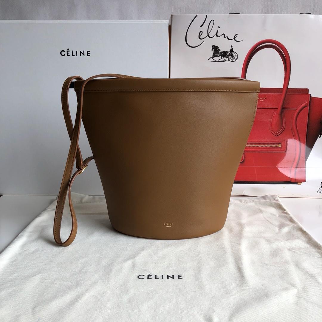Celine家桶包 底部20cm 土黄色