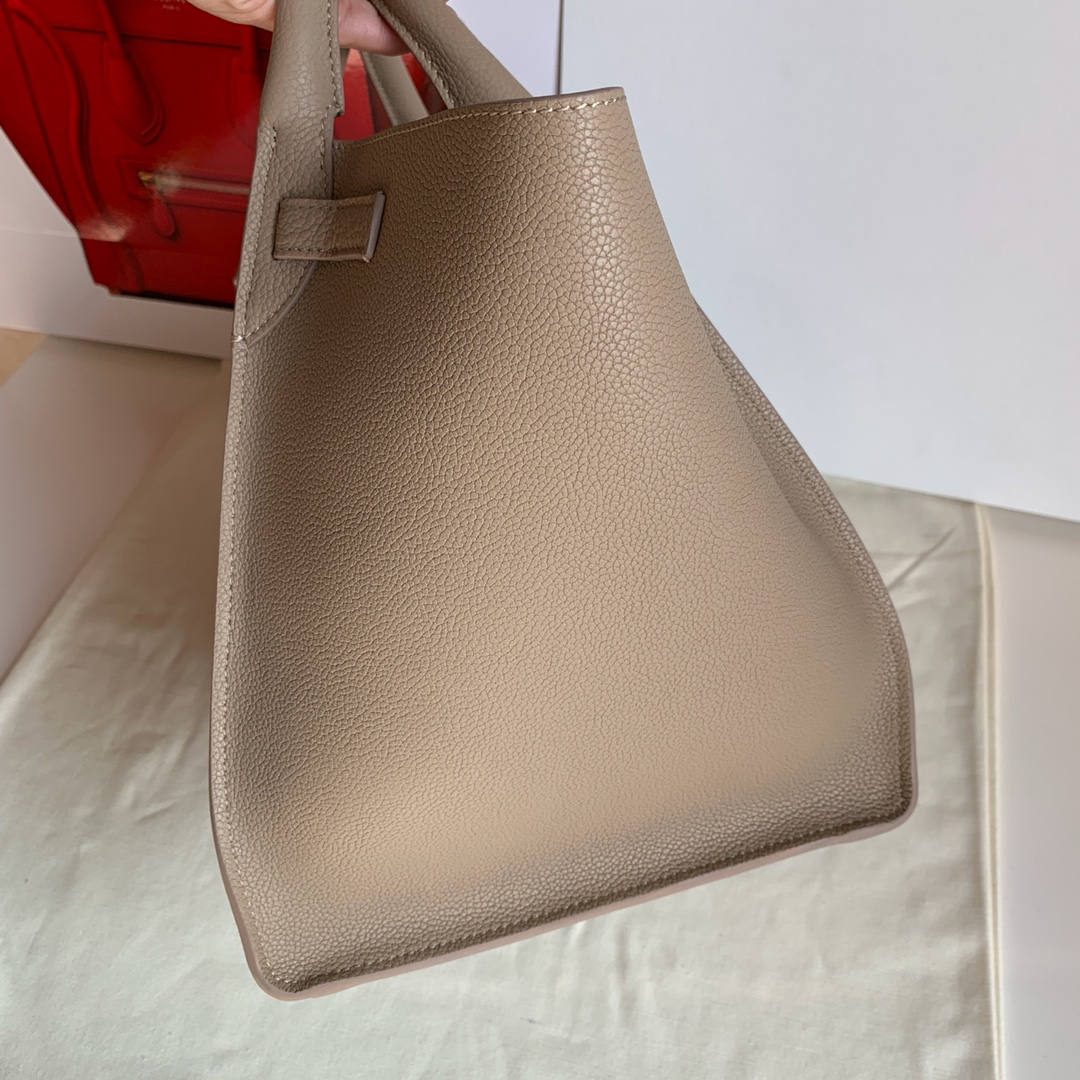 Big bag 荔枝纹 小牛皮 24*22*26cm 杏色 原厂进口五金