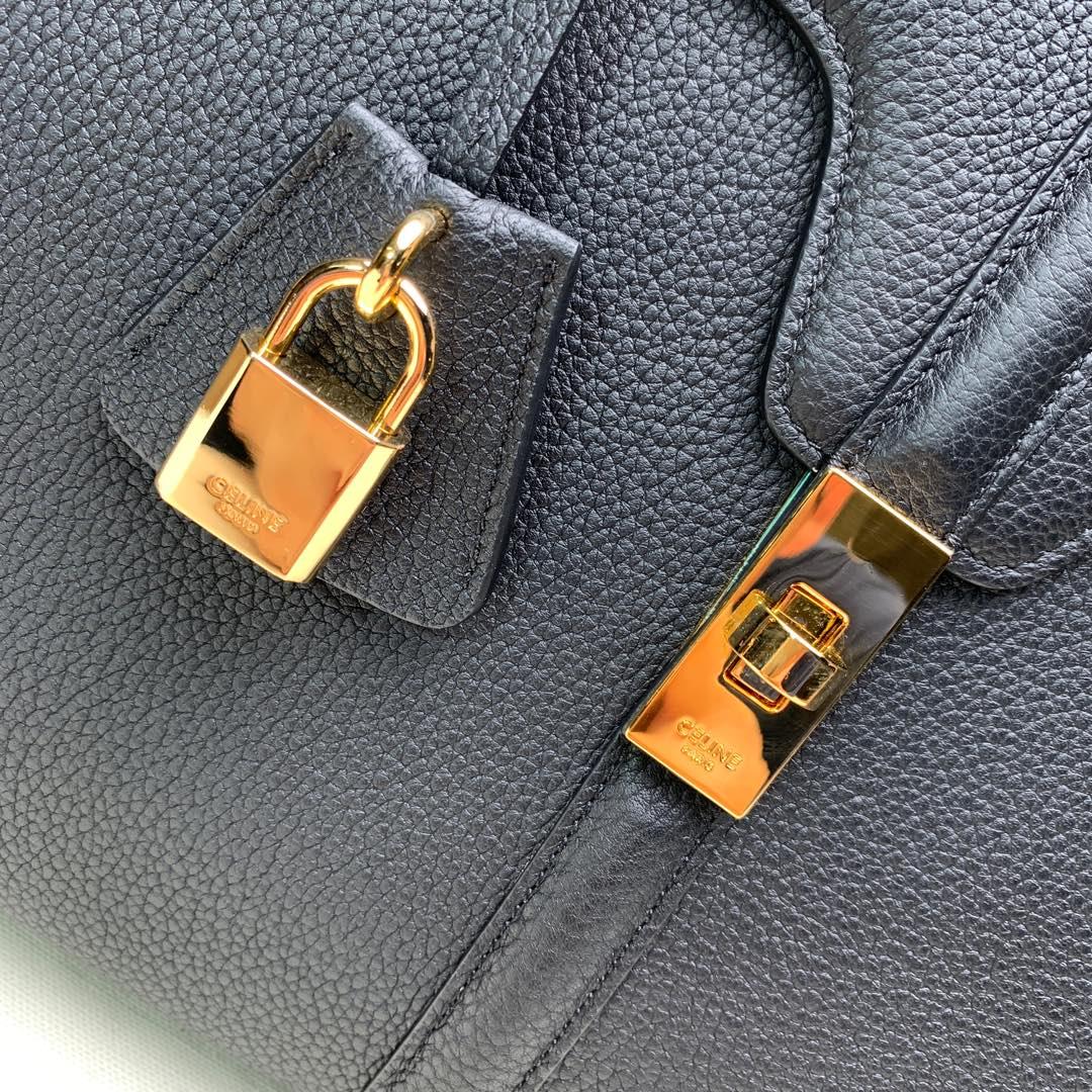 """""""16""""手袋 黑色荔枝纹 32×23.5x13cm 100%小牛皮 金色金属件 黄铜锁扣 可肩背或斜挎"""