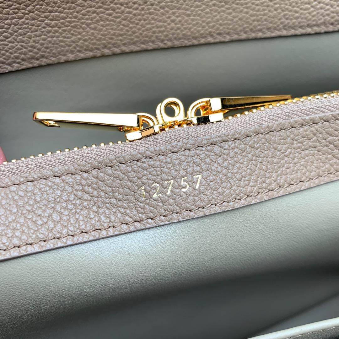 """""""16""""手袋 杏色荔枝纹 32x23.5x13cm 100%小牛皮 金色金属件 黄铜锁扣 可肩背或斜挎"""