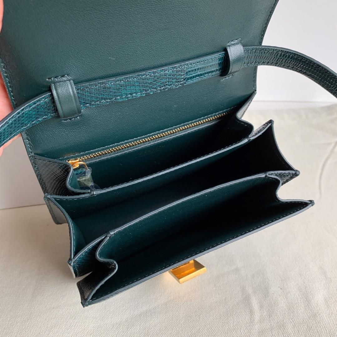 全新升级 classic box 金扣 搭配羊皮内里 完美复古包 平整的水油边 精致媲美专柜 墨绿色蜥蜴皮 17厘米 现货