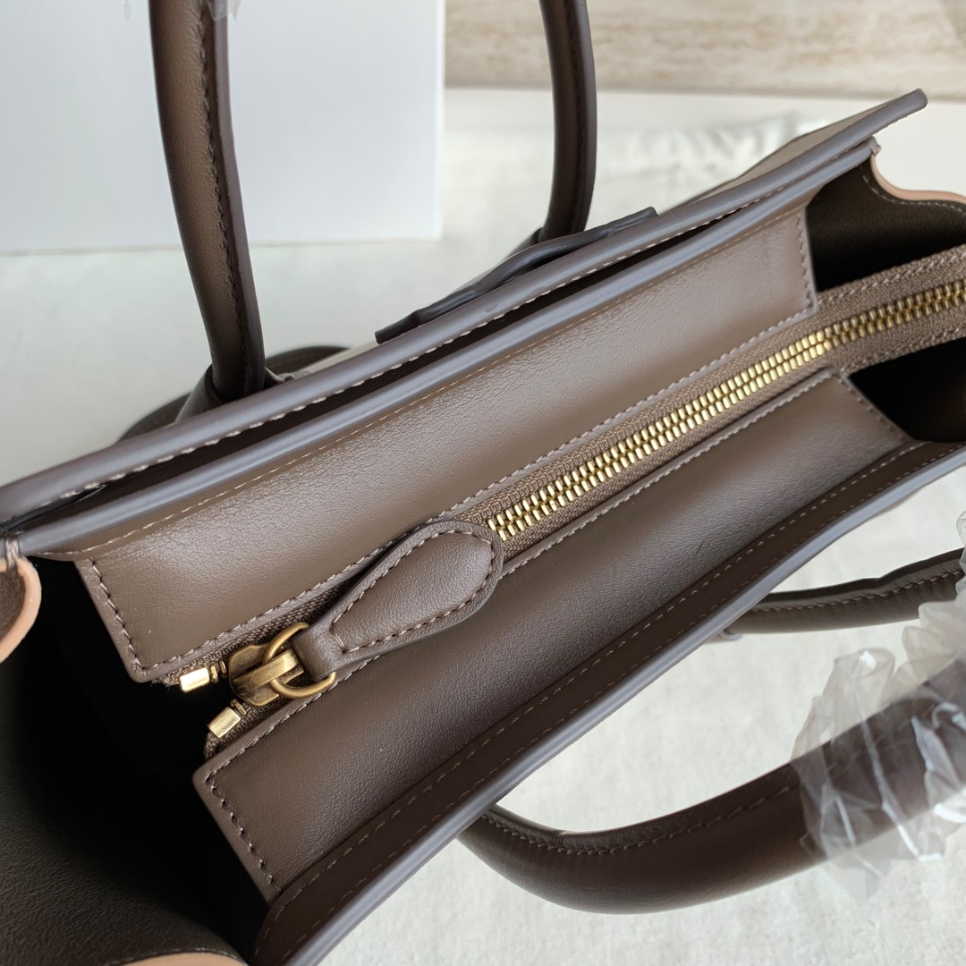 CELINE包包 拼色平纹 LUGGAGE NANO 20 X 20 X 10 厘米 100%小牛皮