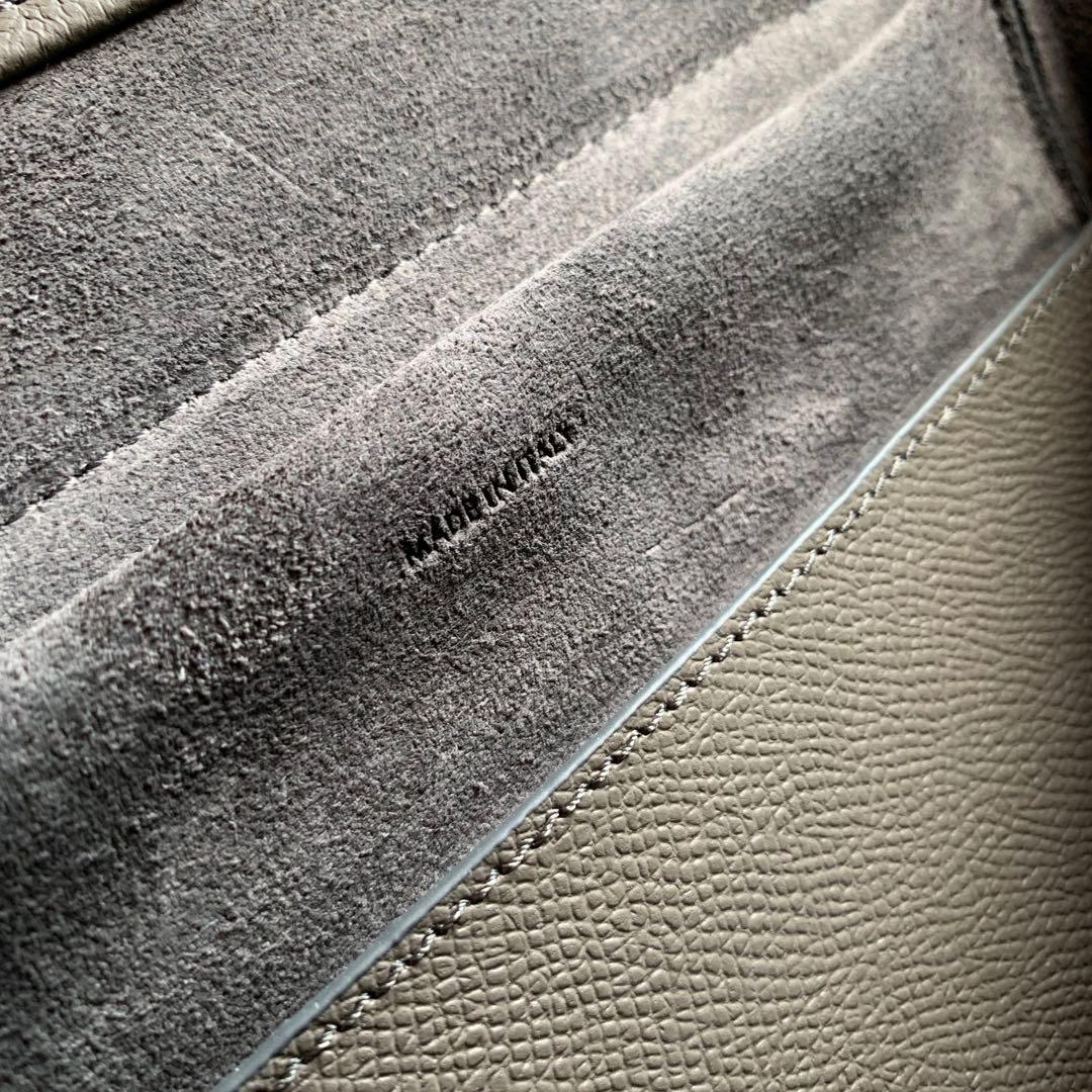 CELINE BELT 粒面小牛皮手袋 鲶鱼包 24 X 20 X 13厘米
