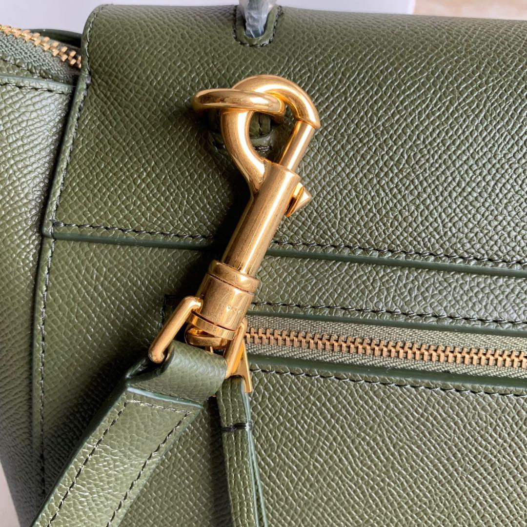 军绿色手掌纹 BELT 粒面小牛皮手袋 24 X 20 X 13厘米 里外小牛皮