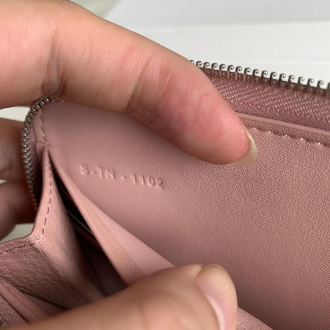 CELINE19厘米 粉紫色水波纹拉链钱包