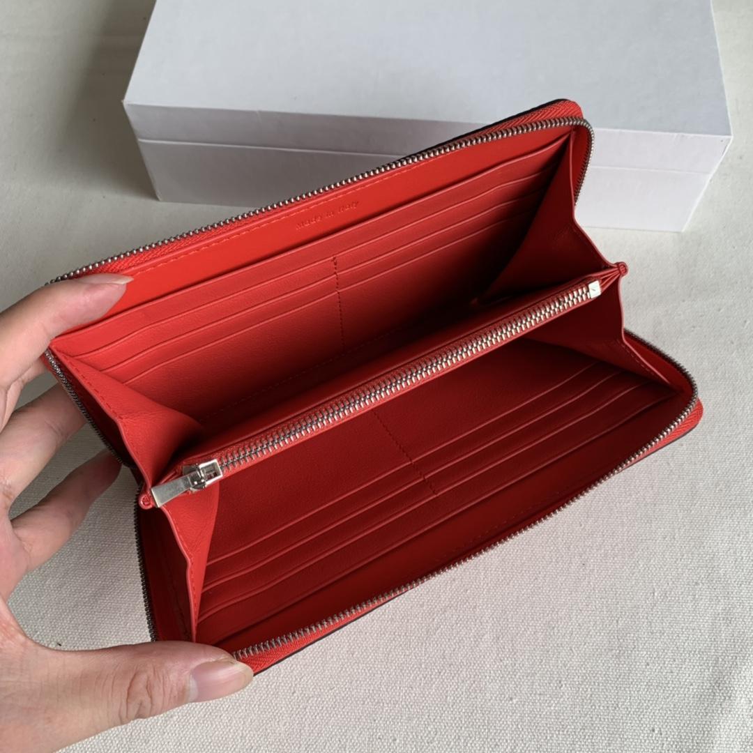 CELINE 19厘米 大红 荔枝纹 拉链钱包