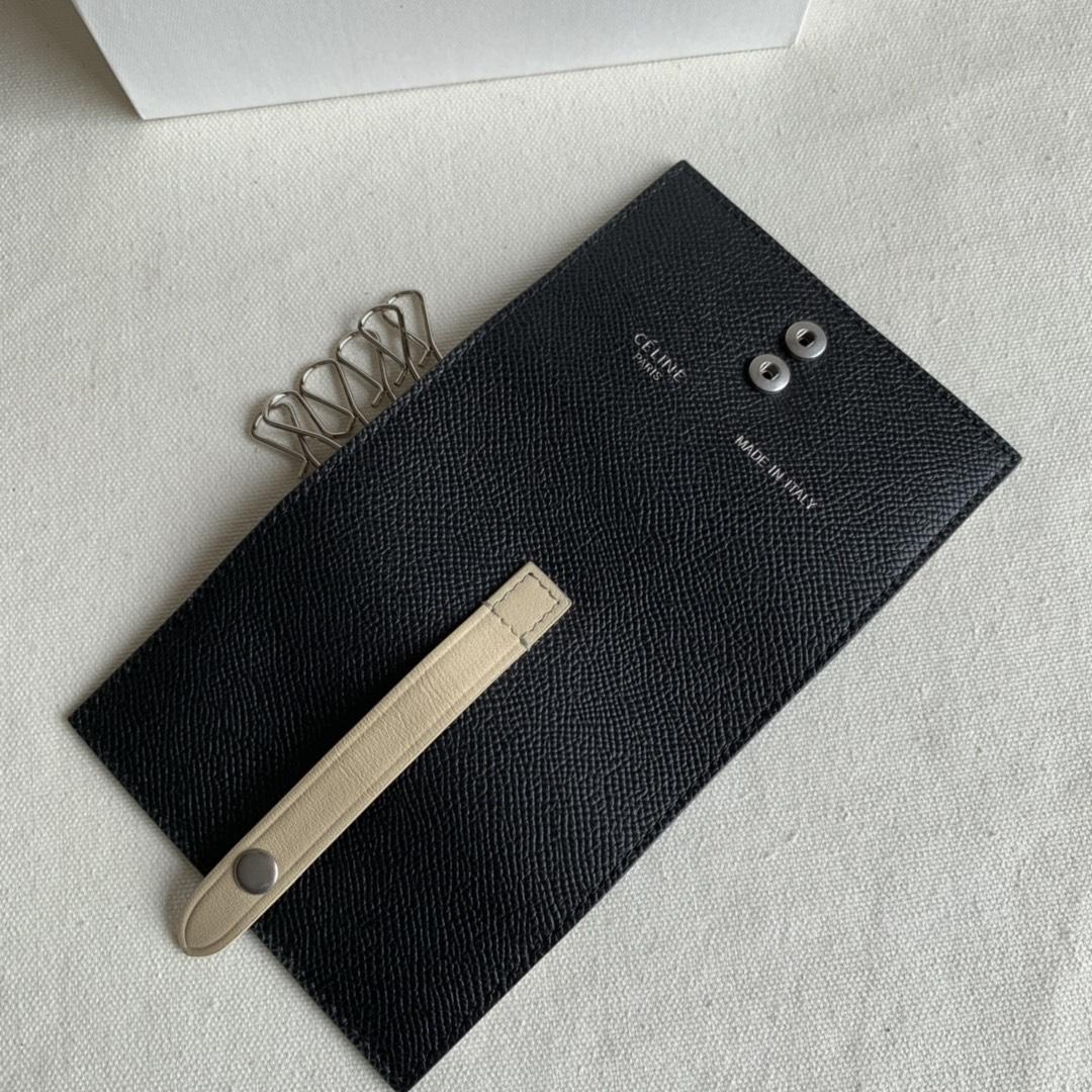 CELINE锁匙包 黑色掌纹/米白