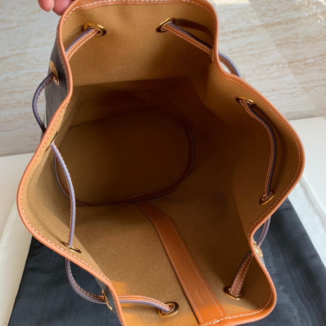 思林抽绳水桶包 TRIOMPHE帆布中号水手包 9 X 16 X 7英寸(24 X 40 X 17厘米) 57%涂层帆布